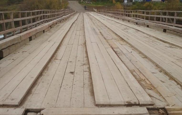 Мост в Костромской области  спасли от паводка