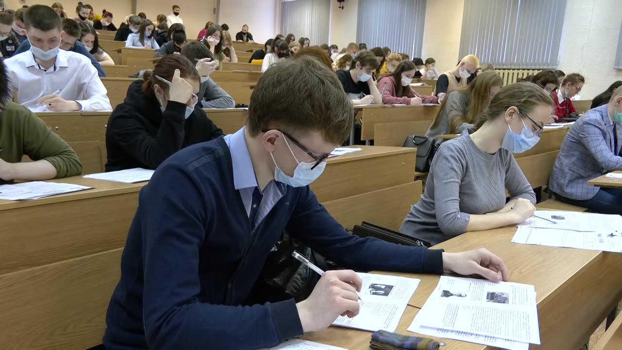 Почти 3 тысячи жителей Костромской области написали «Диктант Победы»