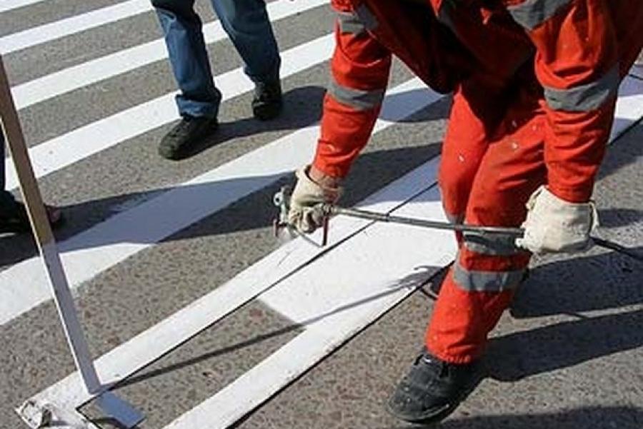 В Костроме начались работы по нанесению дорожной разметки
