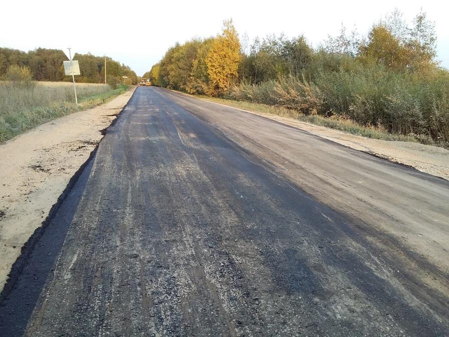 К деревне Просек Антроповского района начали ремонтировать дорогу