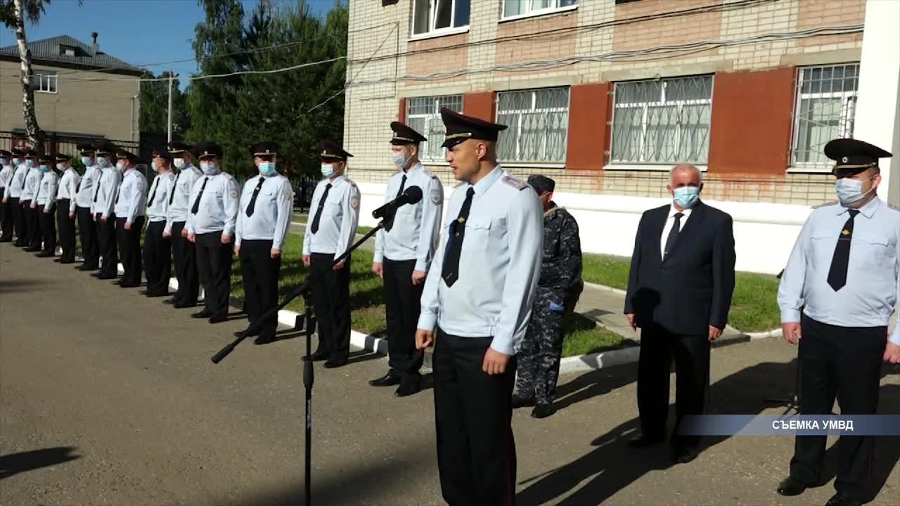 Сегодня с Северного Кавказа вернулся сводный отряд костромской полиции