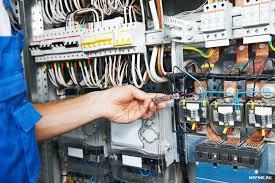 Буйские полицейские разоблачили предпринимателя, промышлявшего хищением электроэнергии.