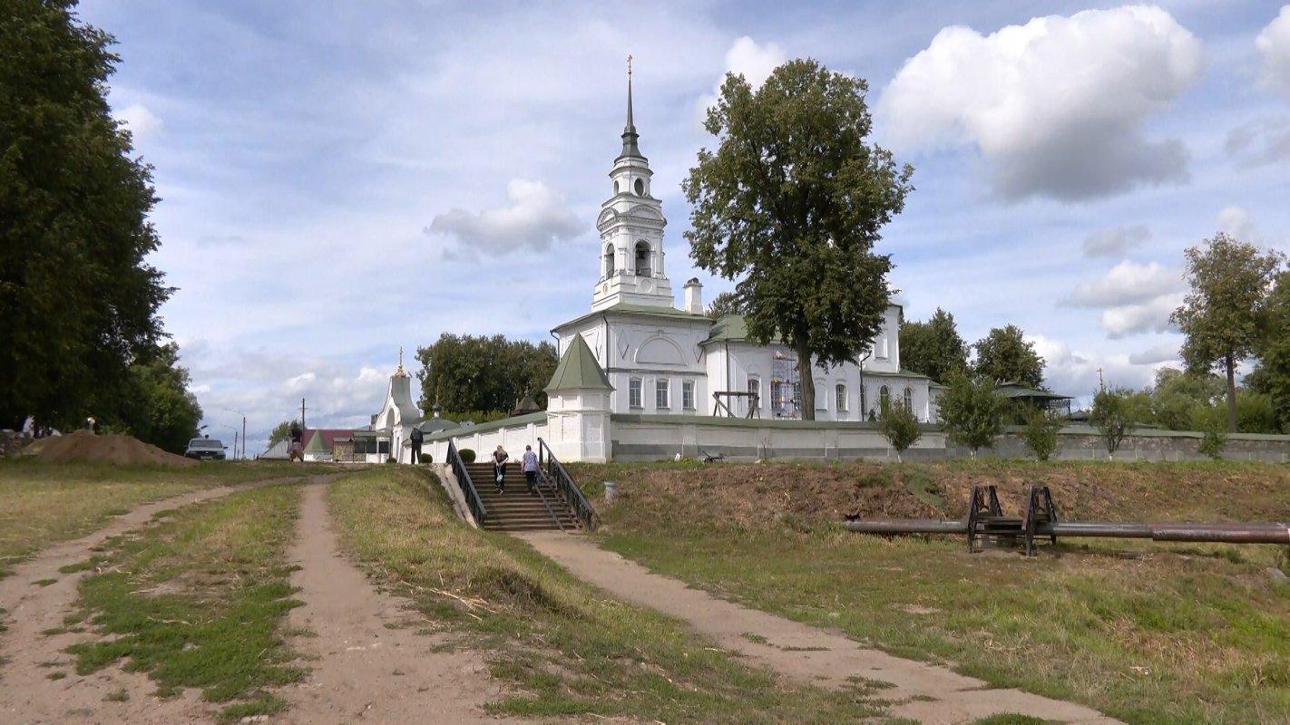 На реку Белилку в Костроме теперь можно любоваться во всей красе