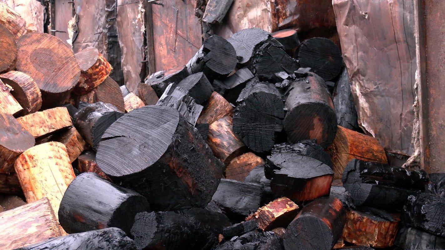 В Костроме закрыто ещё одно незаконное производство древесного угля