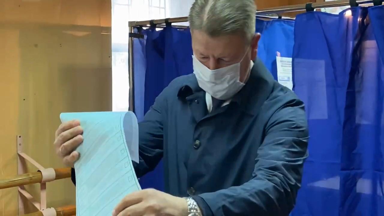 Сегодня утром свой выбор сделал кандидат в депутаты Государственной Думы Алексей Ситников