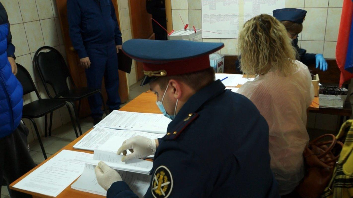 В костромских СИЗО сегодня так же работают избирательные участки