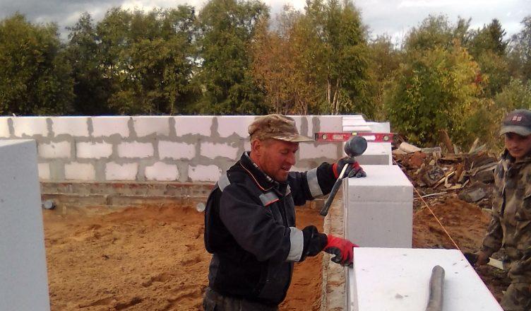 В Пыщуге начали строить новую общественную баню