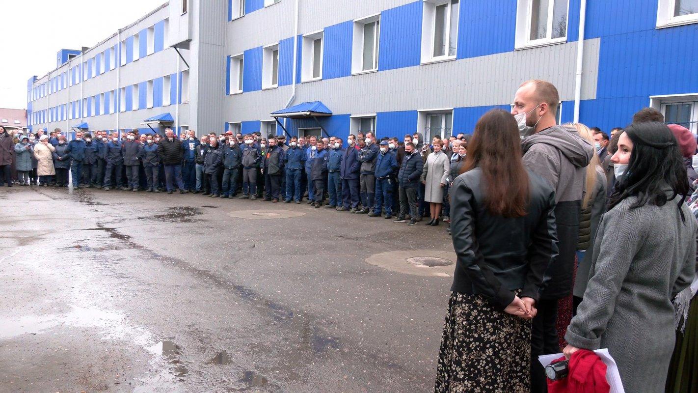 Губернатор  Костромской области наградил лучших машиностроителей региона