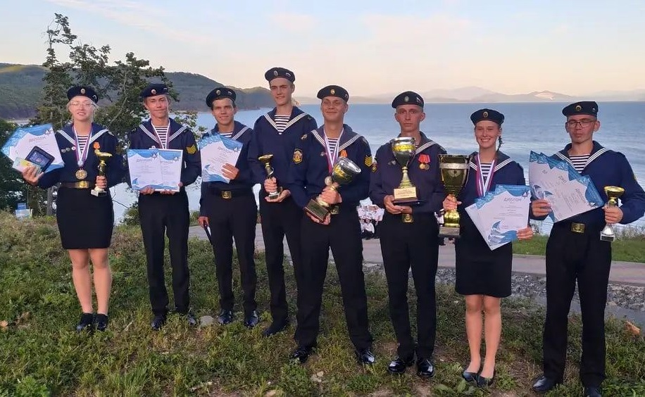Команда детского морского центра Костромы победила на Всероссийском сборе юнг