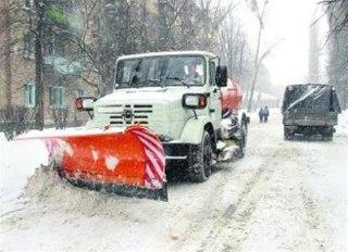 В Костромской области этой ночью чистили снег две сотни машин