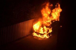 В Костроме на улице Красноармейской сгорел Мицубиси Лансер