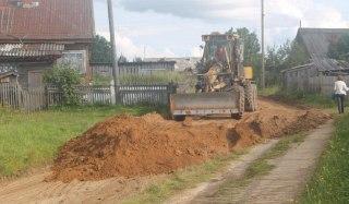 В Вохомском районе в поселке Лажборовица привели в порядок центральную дорогу