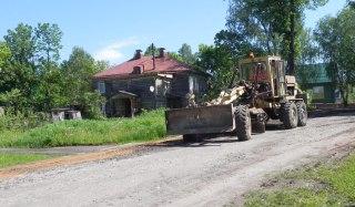 В Вохме по инициативе жителей отремонтировали Школьную улицу