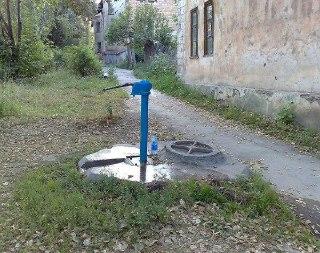 Житель поселка Сусанино в Костромской области украл водяную колонку