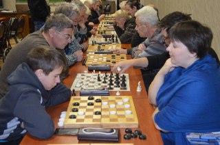 Сегодня в Костроме стартует командный турнир по шахматам и шашкам памяти тренера Анатолия Чижова