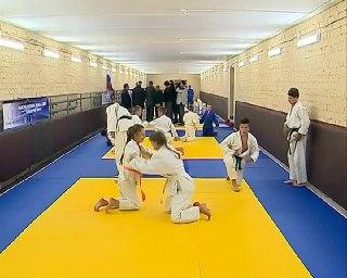Сегодня в 22-й школе Костромы отметят день рождения профильного класса по дзюдо