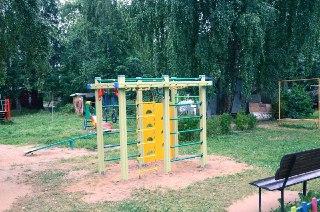 В Костромской области продолжают благоустраивать дворовые территории в рамках федеральной программы