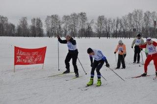 В Костроме лыжный пробег памяти воина-интернационалиста Евгения Ермакова собрал более 150 лыжников