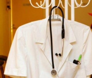 В Мантуровскую больницу требуются кардиолог, невролог и анестезиолог. Им обещают по миллиону рублей
