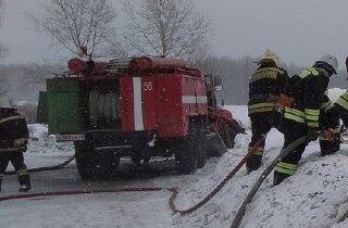 В Кадыйском районе Костромской области пожарные за полчаса потушили огонь в котельной