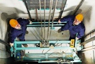 В Костромской области реализуется программа по замене лифтов