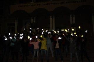 Костромские студенты провели флэш-моб для пожилых людей в рамках акции «Рука заботы»