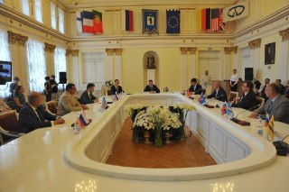 Глава Костромы Юрий Журин подписал соглашение о создании Союза городов Золотого кольца России